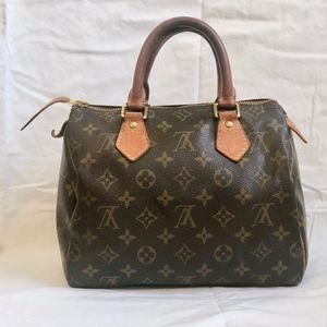 100% Auth. Louis Vuitton Speedy25 Monogram Bag